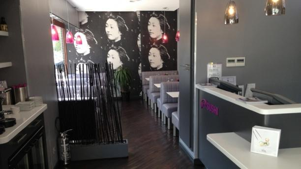 Eat sushi montreuil
